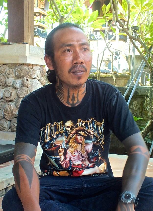Profile -Wayan 'Apel' Hendrawan