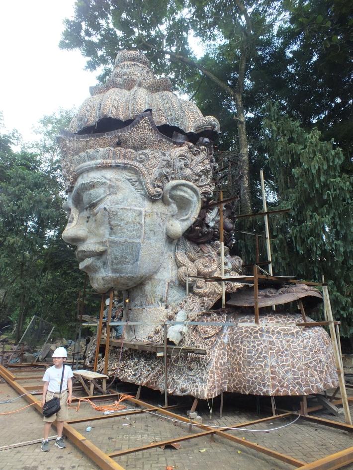 gwk-nuarta-visnu-statue-image-richard-horstman