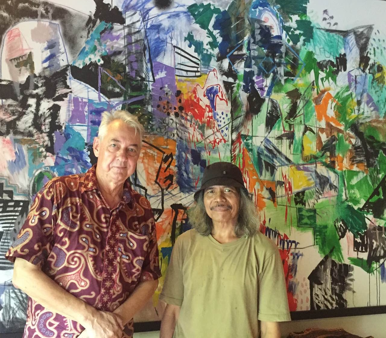 Art patron Colin McDonald with Made Budhiana