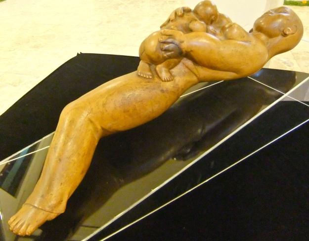 'Mothers Love' Ida Bagus Tilem, wood, 62x13x17cm. Image Richard Horstman