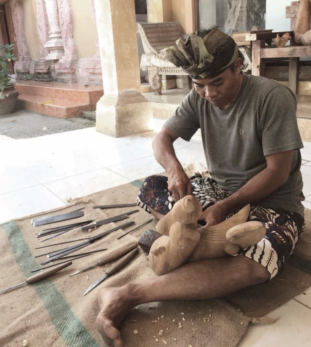 Balinese woodcarver Wayan Jana at work in his Gianyar Studio - Image courtesy Wayan Jana