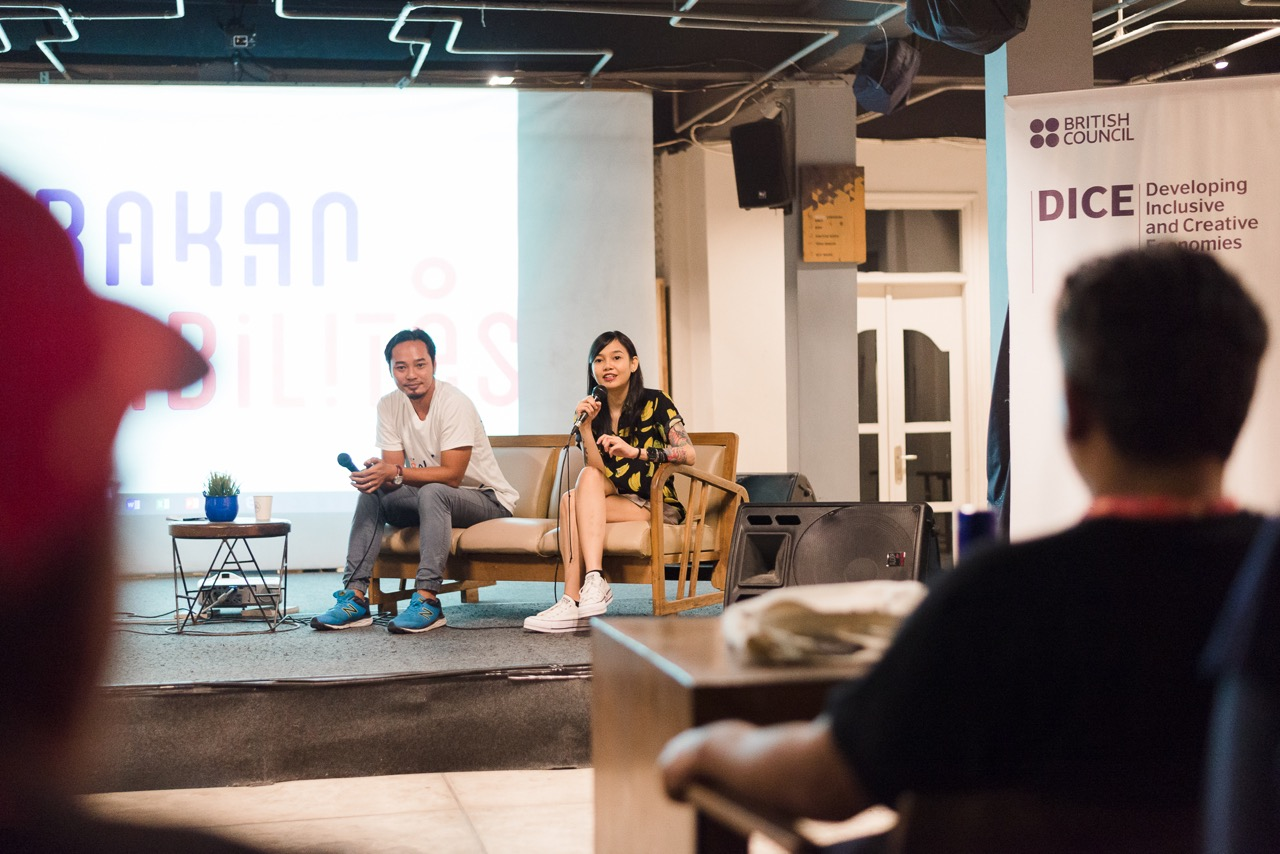 """Art Actiivists Budi Agung Kuswara and Hanna Madness during the launching of """"Ayo Ketemu!"""" in Sanur 29th July - Image courtesy of KETEMU PROJECT"""