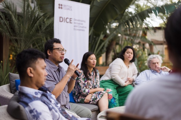 Baskoro Junianto (Expet & Curator, Bekraf) is speaking about the future of creative economy during panel discussion 1July Image coutesy of KETEMU PROJECT