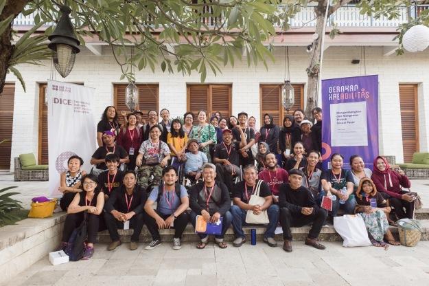 "Participants of ""Ayo Ketemu!"" at Sudamal Resort in Sanur Bali - Image courtesy of KETEMU PROJECT"