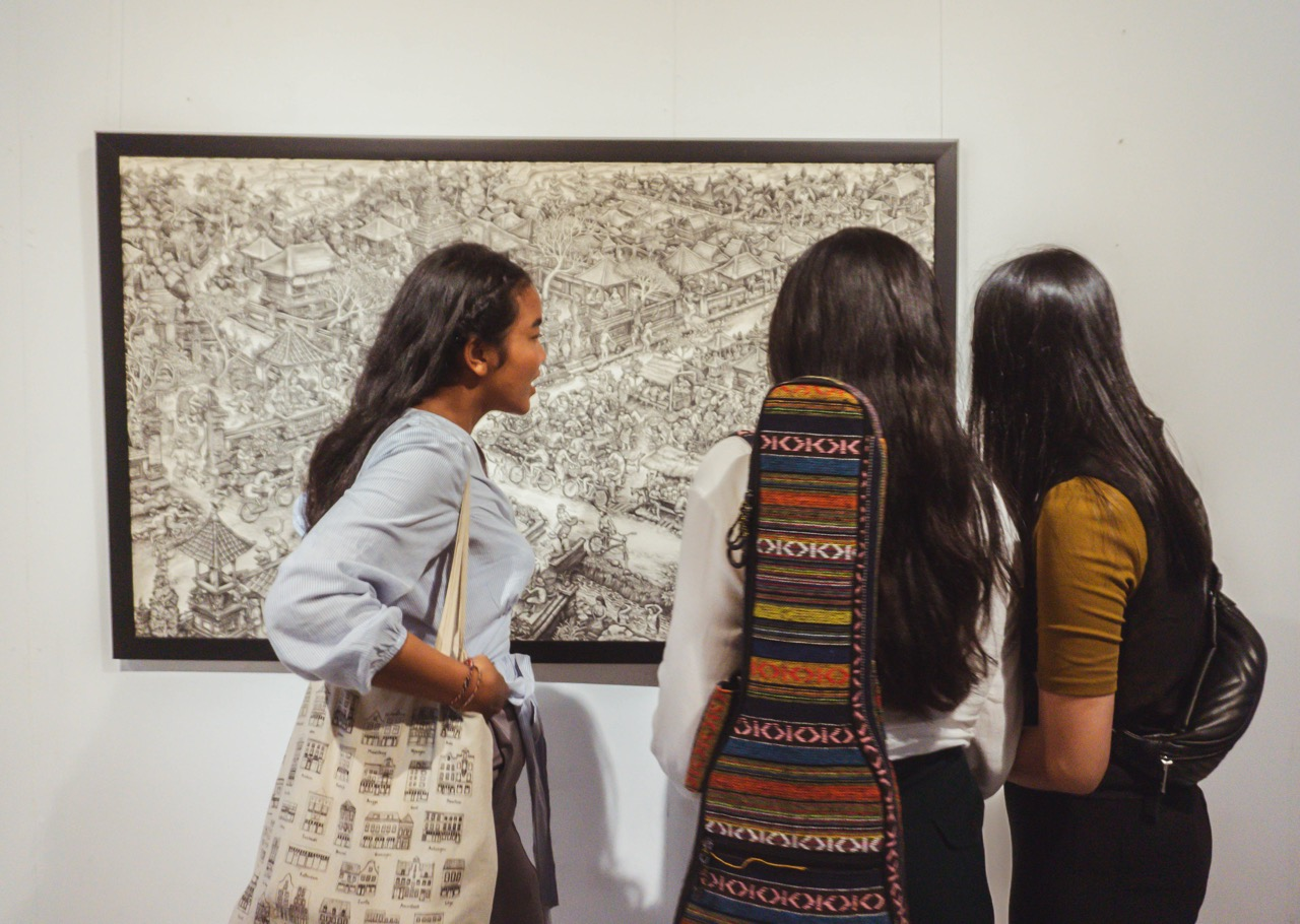 Audience at the opening of Drawing Bali Today at Sika Gallery. Image by @febrimarleni.